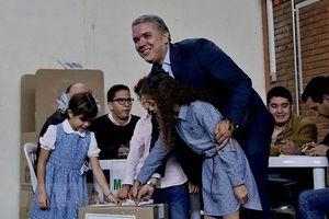 Thách thức lớn của tân Tổng thống Colombia