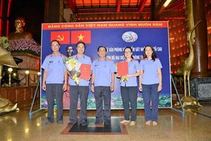 Chi bộ Đại diện Văn phòng Viện KSND tối cao tại TP. Hồ Chí Minh kết nạp 2 đảng viên mới