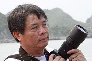 Nghệ sĩ nhiếp ảnh Vũ Huyến: 'Xã hội càng hiện đại thì nhiếp ảnh càng lên ngôi'