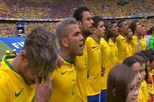Vì sao cầu thủ khóc khi hát quốc ca tại World Cup thì đội nhà bại trận?