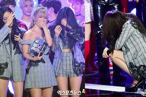 T-ara và chiếc cúp chứa đầy nước mắt: Thấm thoát cũng đã một năm trôi qua…