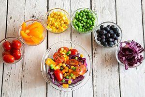 Thói quen ăn uống bất cứ ai cũng nên có sau tuổi 40