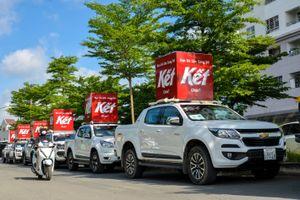 Giới trẻ Sài thành thích thú với dàn xe Ford Ranger xuất hiện trên phố