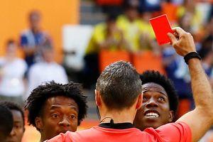 Nhận thẻ đỏ chóng vánh ở World Cup, cầu thủ Colombia bị dọa giết