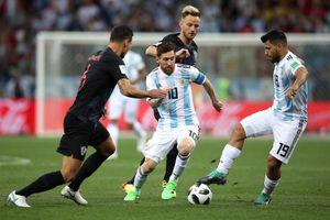 Argentina đá thế này, Messi tài đến thế nào cũng chẳng thể cứu nổi