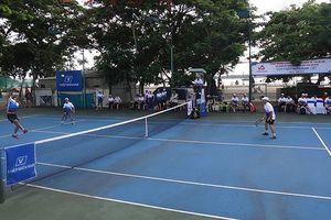 Sôi nổi giải quần vợt thép Miền Nam mở rộng