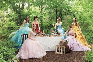 Hóa 'nàng thơ' với bộ sưu tập váy cưới của những nàng công chúa Disney