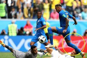 Costa Rica ít 'chặt chém' hơn Thụy Sĩ, vì sao Neymar vẫn đi tất rách?
