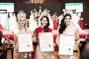 Dương Thùy Linh nói gì về chiến thắng ở Mrs Worldwide 2018?