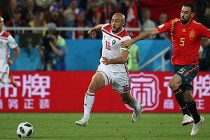 Thoát thua phút cuối giờ, Tây Ban Nha bảo vệ vị trí nhất bảng B