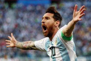 CĐV Argentina phát cuồng với thắng lợi kịch tính của Messi và đồng đội