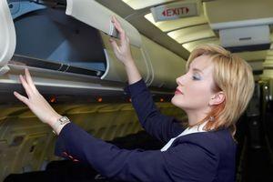 Tiếp viên hàng không đối mặt với rủi ro ung thư vú và da cao hơn