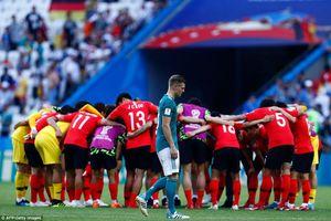 HLV Loew: 'Đội tuyển Đức xứng đáng bị loại'