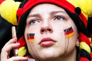 Cổ động viên khóc nghẹn trong ngày ô nhục nhất lịch sử bóng đá Đức