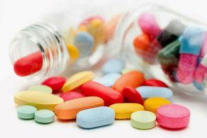 Xác minh việc nhập khẩu thuốc nhãn hiệu Công ty Health 2000 sản xuất tại Canada