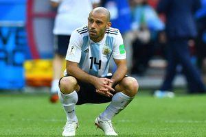 Mascherano từ giã ĐT Argentina sau thất bại trước Pháp
