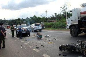 Lao vào ô tô ngược chiều, người đi xe máy tử vong tại chỗ