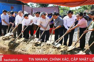 Hội đồng hương Hà Tĩnh tại Hà Nội hỗ trợ xây nhà tình nghĩa ở Can Lộc