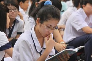Nghịch lý vào lớp 10 ở Hà Nội: Đỗ trường chuyên nhưng... trượt trường công
