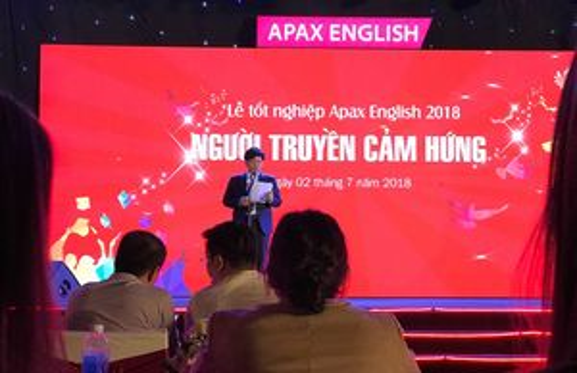 Bài phát biểu đầy cảm hứng trong lễ tốt nghiệp Apax English của Shark Nguyễn Ngọc Thủy