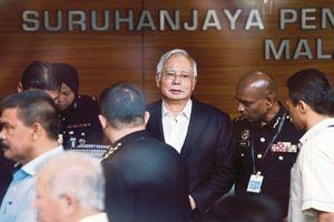Cựu Thủ tướng Malaysia bị bắt vì tham nhũng chỉ ít tháng sau khi rời chính trường