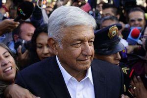 Bất chấp nạn thảm sát, tổng thống đắc cử Mexico từ chối dùng vệ sĩ