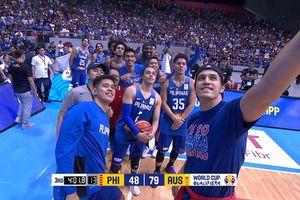 VĐV bóng rổ 'selfie' vui vẻ sau khi đánh nhau ở FIBA World Cup