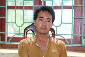 Lai Châu: Bắt giữ nam thanh niên 'ôm' thuốc phiện đi tiêu thụ