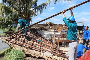 Long An: Hơn 300 căn nhà bị sập, tốc mái vì giông lốc