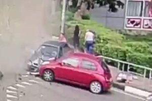 Tài xế ngủ gật, lao xe vào người đi bộ tại thành phố tổ chức World Cup