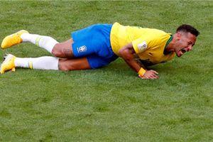 Những màn ăn vạ đến hổ thẹn của Neymar
