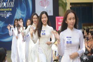 Ngắm vẻ đẹp 20 nữ sinh vào chung kết Nữ sinh áo dài