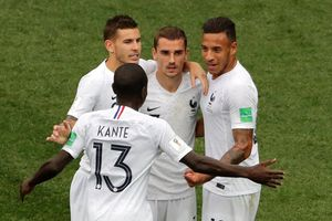 Pháp vào bán kết, Uruguay rời cuộc chơi trong luyến tiếc