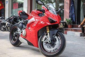 Dân chơi Hà thành bán Ducati Panigale V4 S chỉ 1,4 tỷ đồng