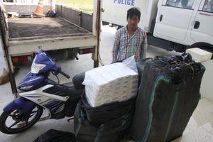 CSGT Quảng Trị bắt giữ thuốc lá lậu 'khủng' nhất từ trước đến nay