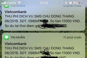 Vietcombank 'khủng bố' khách hàng bằng hàng trăm tin nhắn thu cước