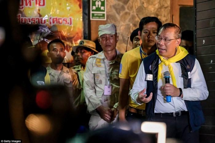 Vụ giải cứu đội bóng: Thống đốc điều hành họp báo, nhiều tin vui