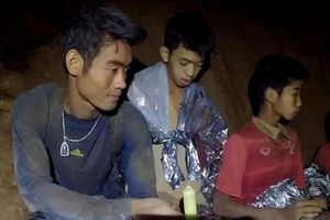 Huấn luyện viên đội bóng Thái có thể đã được cứu do quá yếu