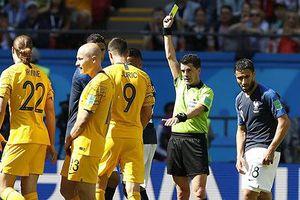 Tin nhanh World Cup: Trọng tài bắt trận Pháp - Bỉ gây sốc