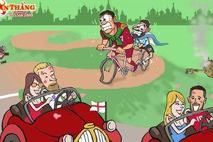 Hí họa Ronaldo đạp xe chở Messi đuổi theo xế xịn của Kane, Hazard