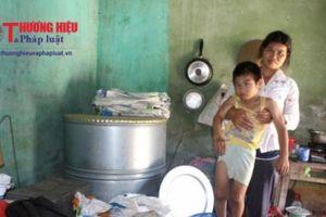 Hải Dương: Người mẹ tâm thần nuôi con trai bị bệnh bại não