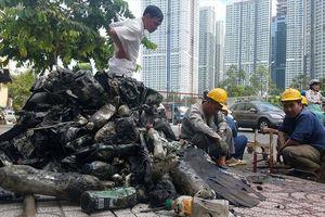 Giật mình, mỗi năm chi gần 4.000 tỉ đồng, TPHCM vẫn ngập rác