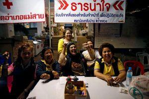 Người dân Thái Lan ăn mừng khi cuộc giải cứu thành công
