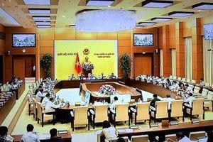 Khai mạc phiên họp thứ 25 của UBTVQH