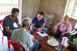 Nông dân đưa lãnh đạo xã ra tòa vì chiếc máy bơm, máy cày