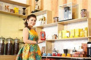 King Coffee của bà Lê Hoàng Diệp Thảo mở quán cà phê đầu tiên