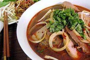 'Điểm mặt' quán bún bò Huế nổi tiếng, có thâm niên lâu đời ở Sài Gòn