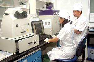 Các nhà khoa học Việt Nam lần đầu tiên nhận giải thưởng Yersin
