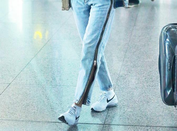 Diện quần jeans phá cách như Thái Y Lâm, Đường Yên