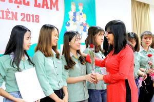Sinh viên Đại học Đông Á (Đà Nẵng) được 34 doanh nghiệp trong và ngoài nước tuyển dụng